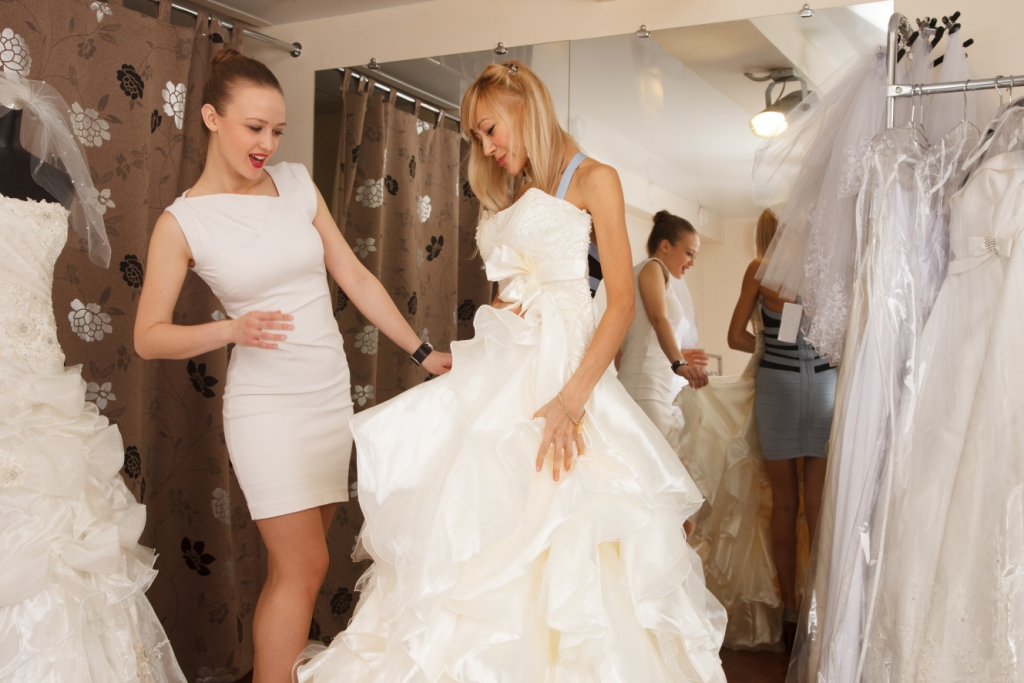 Buying Your Perfect Wedding Dress - PUNAM Weddings